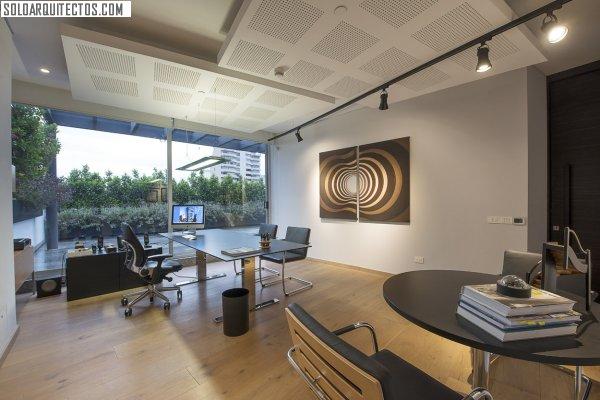 Hansi arquitectura soloarquitectos com for Arquitectura oficinas modernas